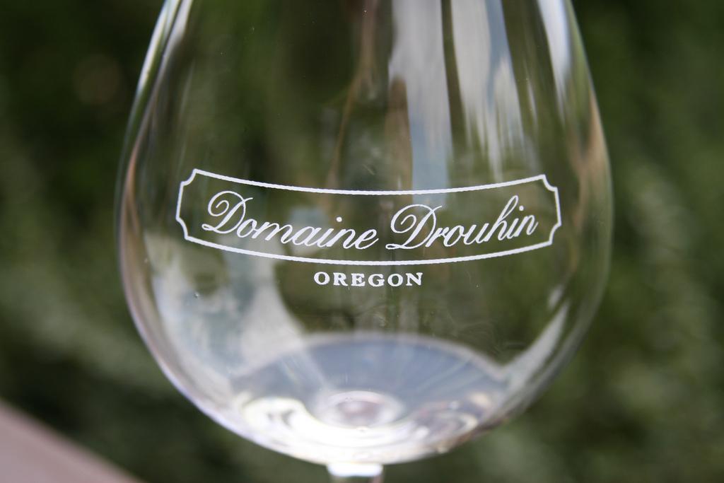 verre du Domaine Drouhin en Oregon USA