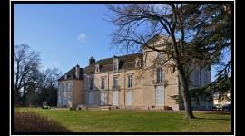 Château de Meursault par antonikon cc by-sa -2.0
