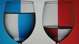French Coloured Glasses par Rosswbsdale by-nc-sa/2.0/