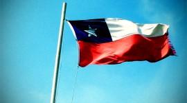 Puro Chile, es tu cielo azulado...