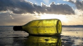Message in a bottle par Kraftwerck - cc: by nc sa 2.0