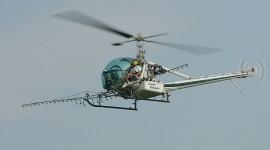 Crop-dusting Helicopter par pmarkham cc: by-sa/2.0/