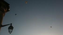 3 montgolfières dans le ciel de Beaune