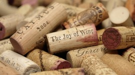 The Joy of Wine  par Julie, Dave & Family cc: by-sa/2.0/