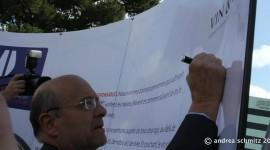 Alain Juppé Manifeste Vin & Société  Copyright Andrea Schmitz