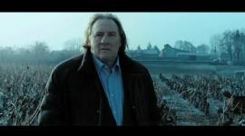 """Gérard Depardieu dans le film court """"Grenouille d'hiver"""" de Slony Sow"""